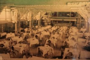 フランクロイドライトの帝国ホテル
