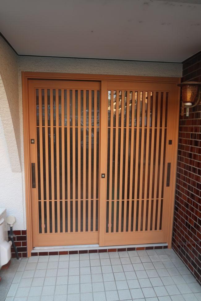 枚方玄関ドアリフォーム